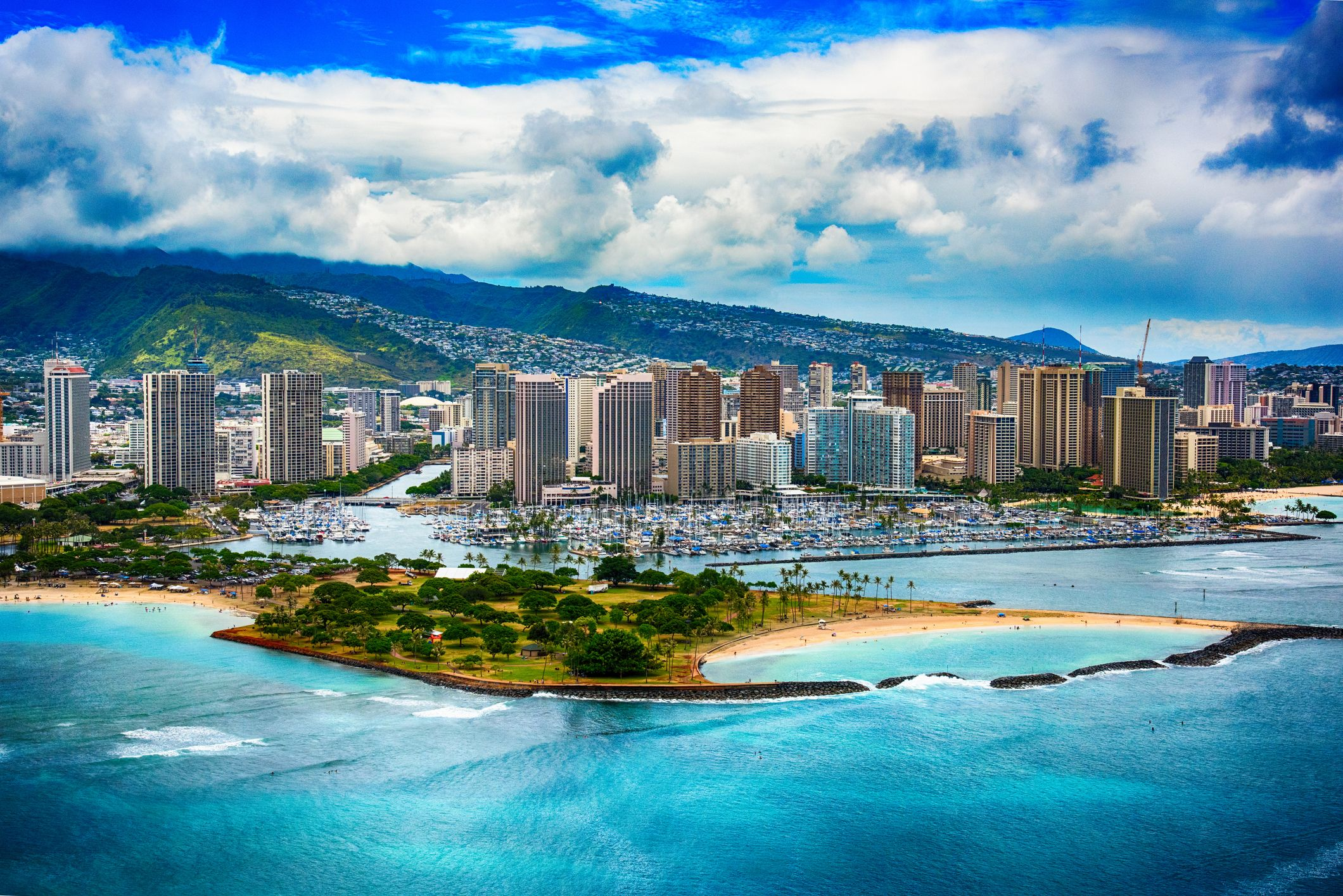 Skyline of Honolulu - Hawaii